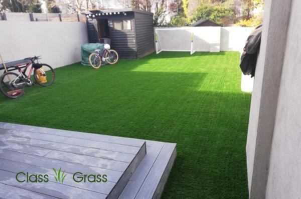 Artificial Grass Backyard with Decking