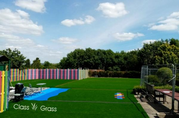 artificial grass Leighlinbridge childrens play centre