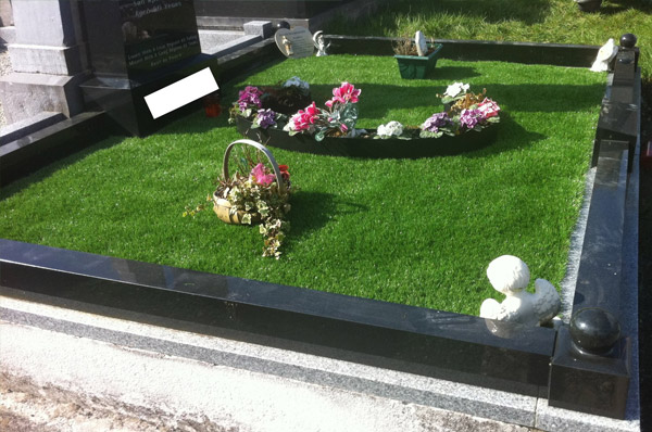 Class Grass - Graves, Artificial Grass Lawns