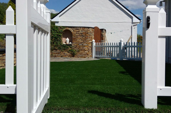 Class Grass - Landscaping, Artificial Grass Lawns